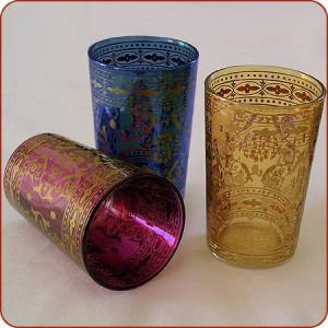 bicchieri in vetro marocchini con tipica decorazione ad arabesco