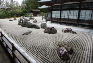 Giardino Giapponese di pietra eseguito secondo i precetti del Buddismo Zen